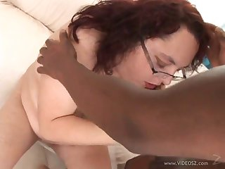 interracial sex with the bbw mature riana el sapo