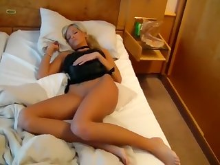beautiful amateur struggles with a big dick