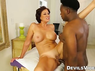 gilf vanessa videl fucked by jack blaque after sex massage